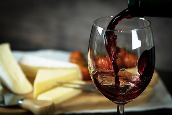 Rượu M Malvasia Nera