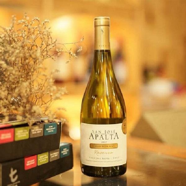 Rượu vang Apalta Reserva Chardonnay giá tốt nhất