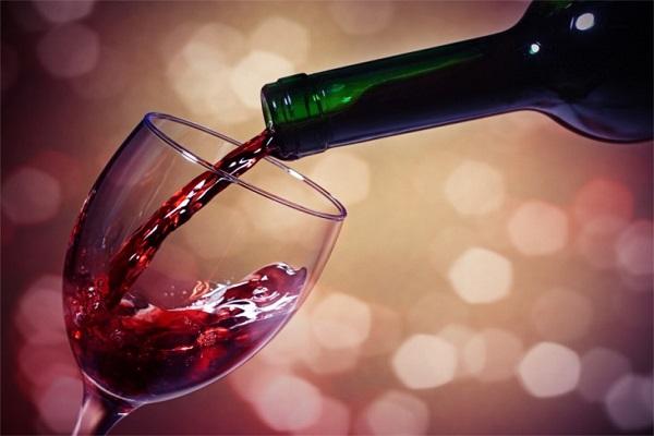 Cách uống rượu vang ngon