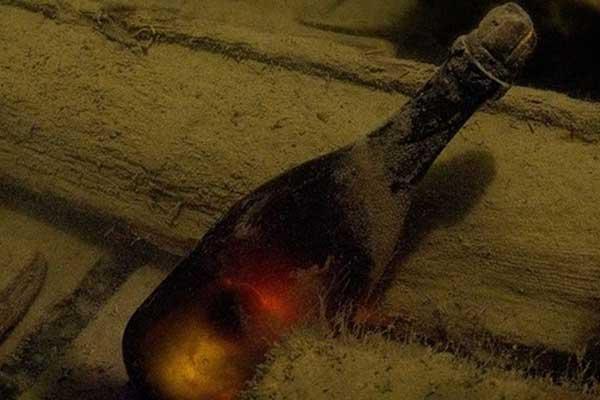 Top 10 chai rượu champagne đắt nhất thế giới năm 2018 9