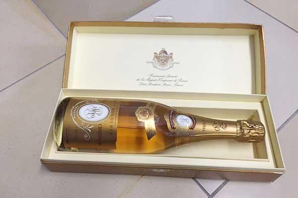 Top 10 chai rượu champagne đắt nhất thế giới năm 2018 8