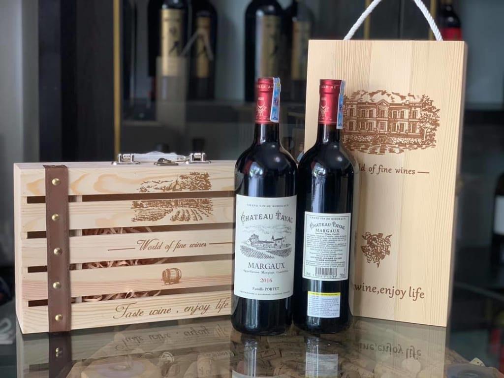 Rượu vang Pháp biếu tết sang trọng