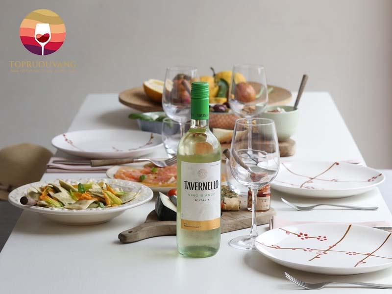 Tavernello-Vino-Bianco-D'italia