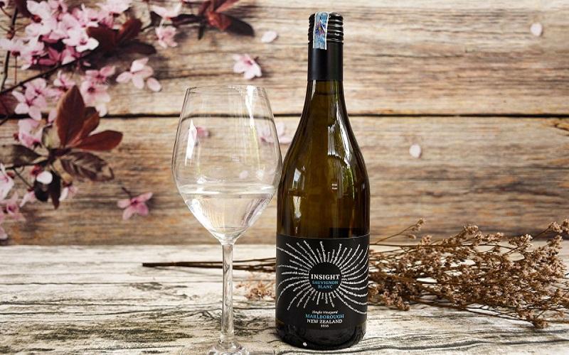 Rượu vang Insight Newzealand Sauvignon Blanc