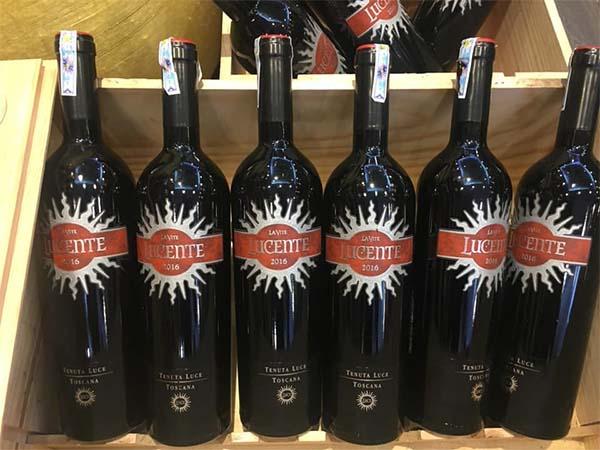 Rượu vang Luce La Vite Lucente