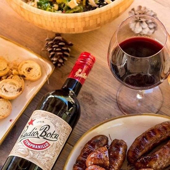 Rượu vang Tây Ban Nha Radio Boka