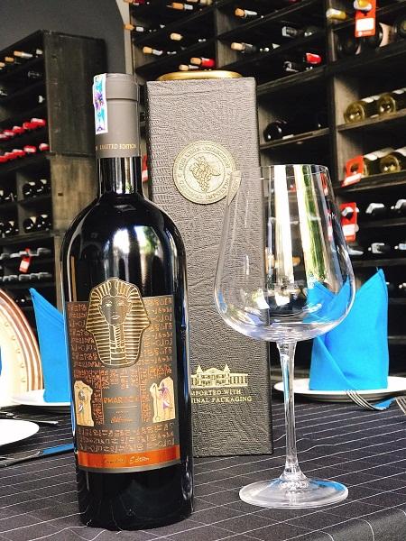 Rượu vang Ý Pharaoh Limited giá tốt tại Top Rượu Vang