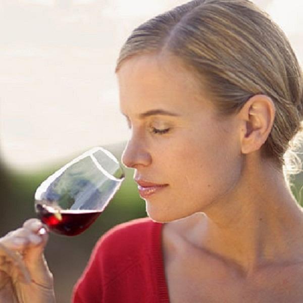 Cách giảm cân khi uống rượu vang đúng cách