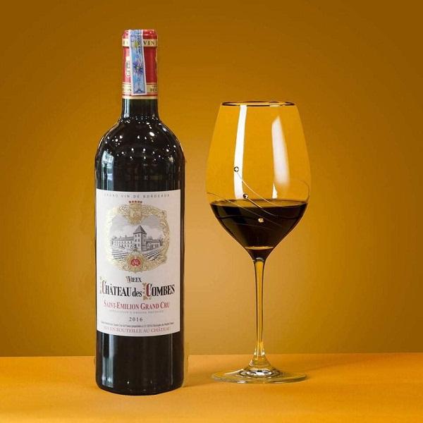 Rượu vang Pháp Chateau Des Combes giá tốt