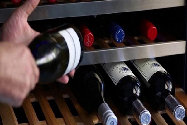 Rượu vang có hạn sử dụng không và để được bao lâu