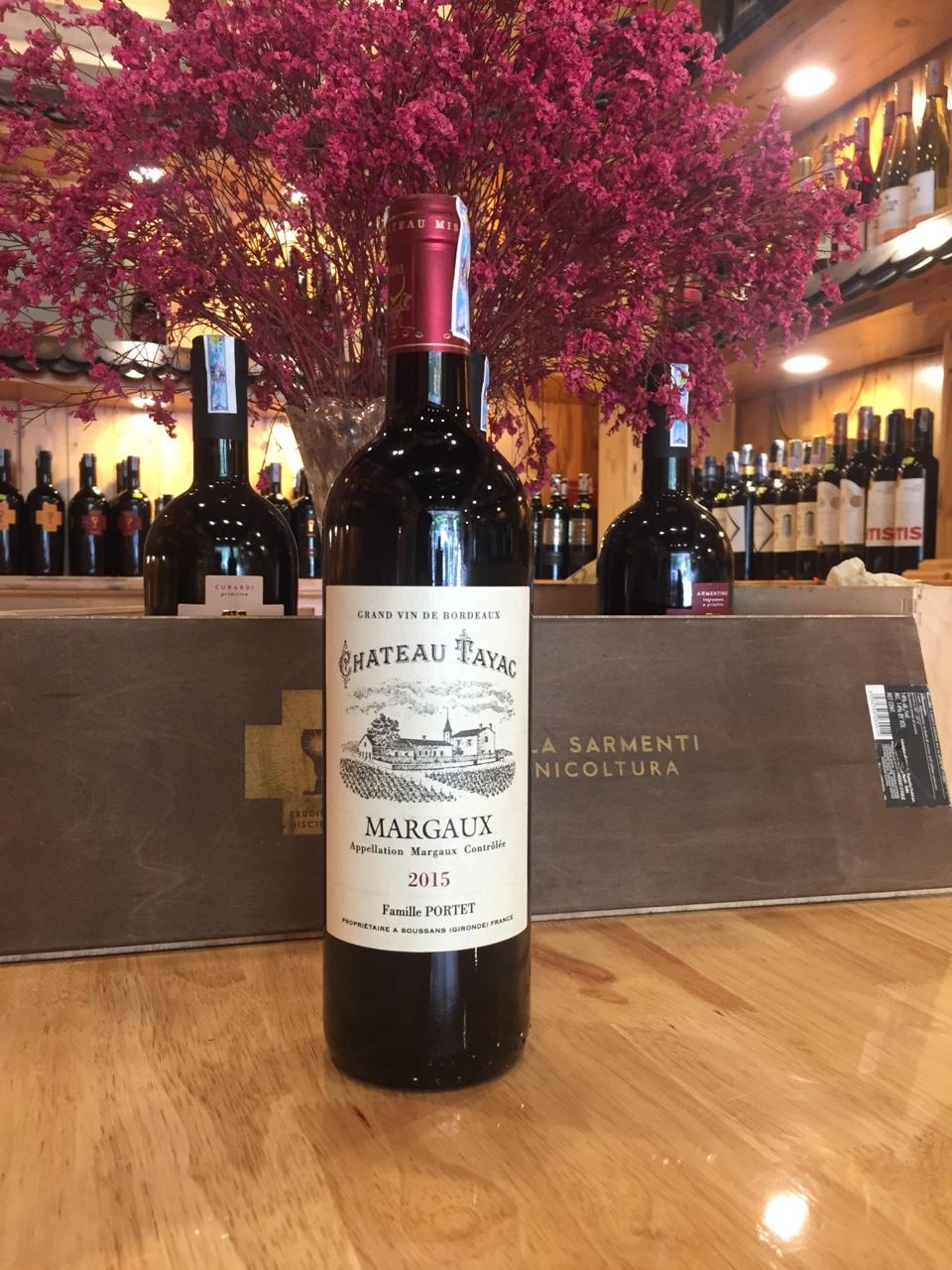 Rượu vang Pháp Tayac