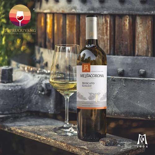 Rượu vang ngọt trắng Mezzacorona Moscato Giallo