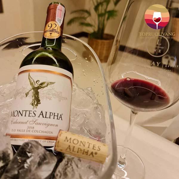 Ruou-vang-Montes-Alpha-Cabernet-Sauvignon